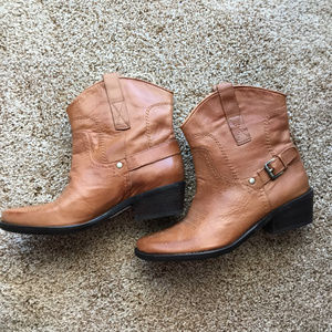 Franco Sarto Ankle Cowgirl boots